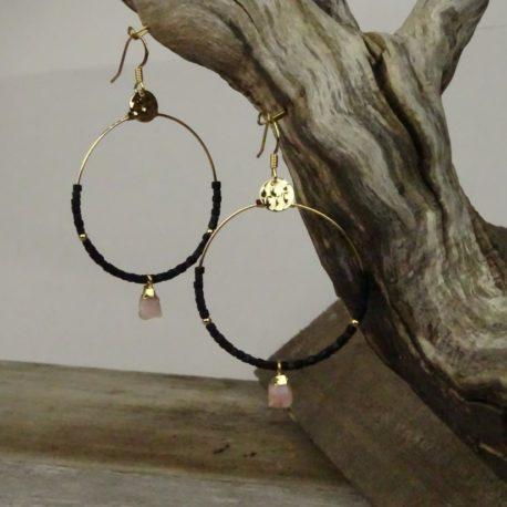 Créoles dorées à l'or fin opale rose