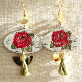 Boucles d'oreilles roses rouges