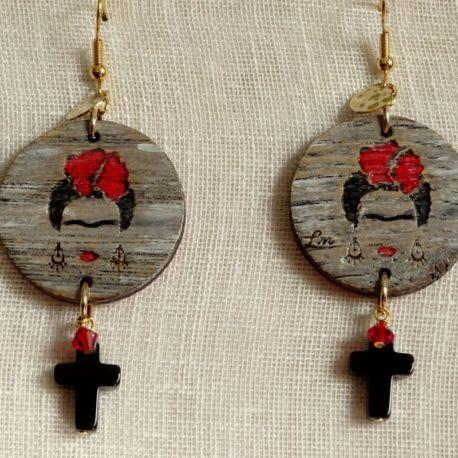 Boucles d'oreilles Frida Kahlo croix en onyx Lm bijoux (3)